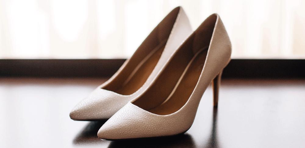 Buty ślubne. Praktyczne wskazówki, czyli o wyborze z głową
